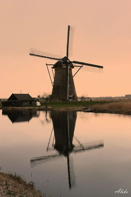 w Kinderdijk #holandia #wiatraki