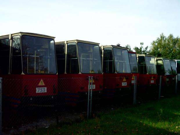 Konstale ze Szczecina na cmentarzysku w Lubiczu Górnym #cmentarz #lubicz #toruń #tramwaje