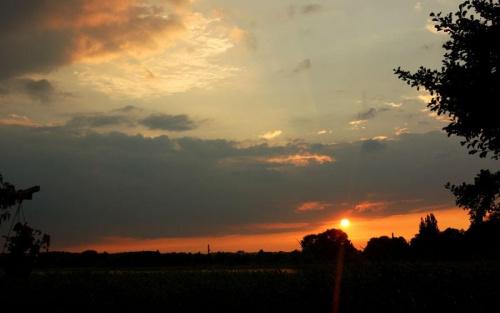 jesienny wieczór #jesień #jezioro #wieczór #ZachódSłońca