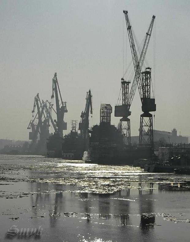 ...tak bardziej z bliska #stocznia #Gdańsk #MartwaWisła #morze #żurawie #żuraw